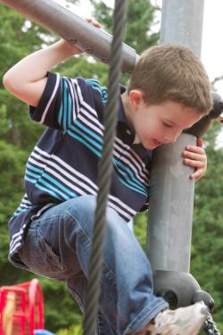 Ben_climbing_2